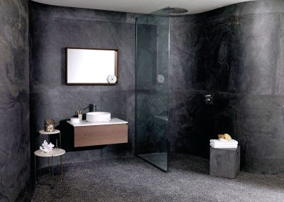 piedra-flexible-baño-negro